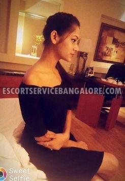 Dating Girl-in Bangalore